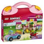 LEGO Juniors Mia\'s Farm Suitcase 10746