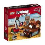 LEGO Juniors Mater\'s Junkyard 10733