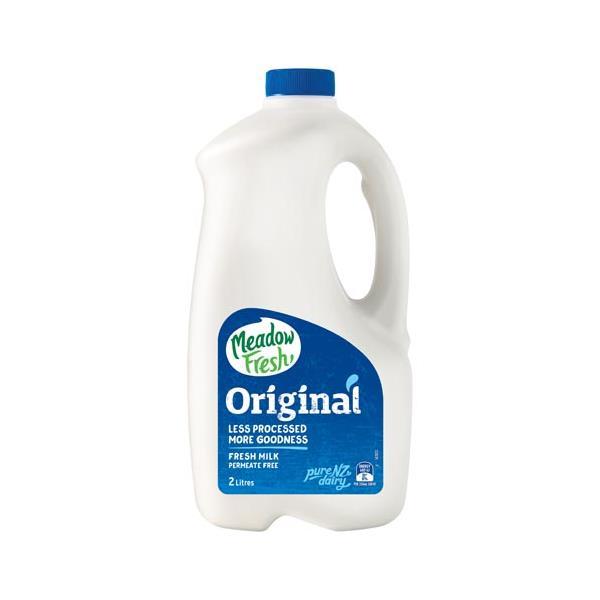 Meadow Fresh Milk Standard Family Fresh Homogenised 2l
