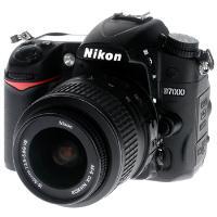 Nikon D7000 + 18-55/3.5-5.6 VR